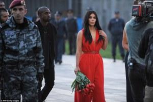 Kim Kardashian visita il nord dell'Armenia in occasione del centenario del genocidio