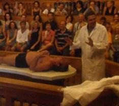 particolare lezione di anatomia (il corpo italico)-3