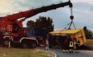 camion !cid_35132BE5-43BB-480F-B443-08E3B31A52CA