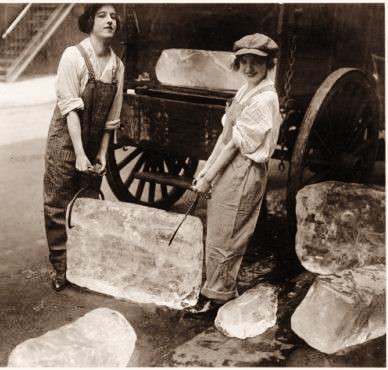 ragazze-del-ghiaccio-nel-1918